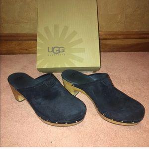 UGG Abbie Black Clogs